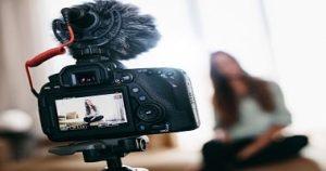 ویدیو بلاگر کیست و چگونه کسب درآمد می نماید؟